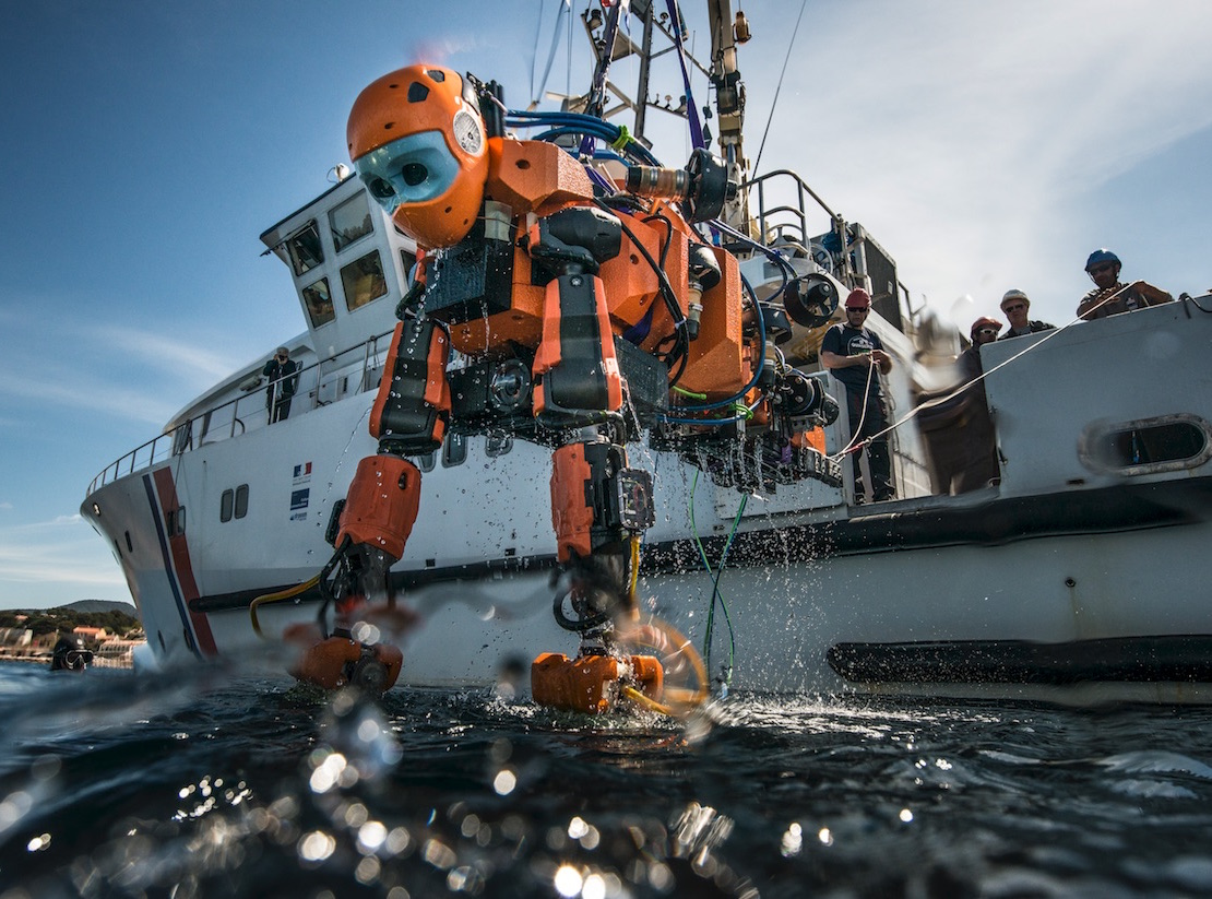 The researchers deploy their diving humanoid robot Ocean One in preparation for its mission to Louis XIV's flagship.