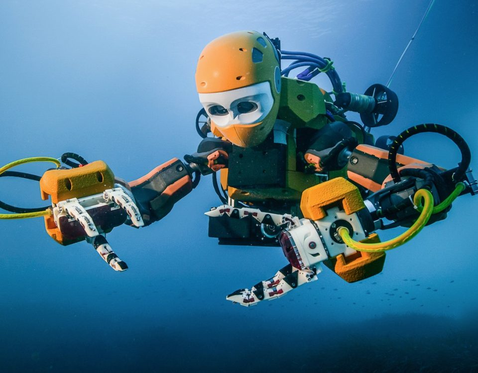 ocean one stanford diving robot-1482177199508