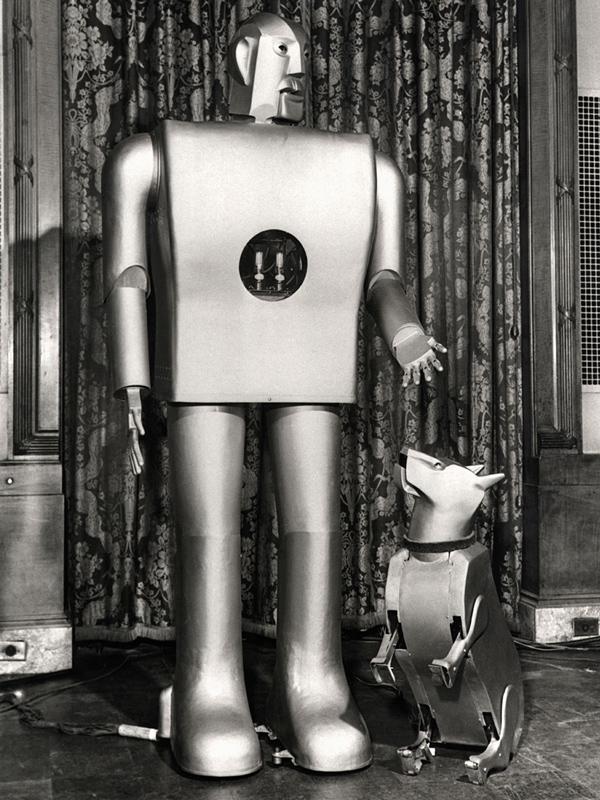 photo of Elektro's dog robot